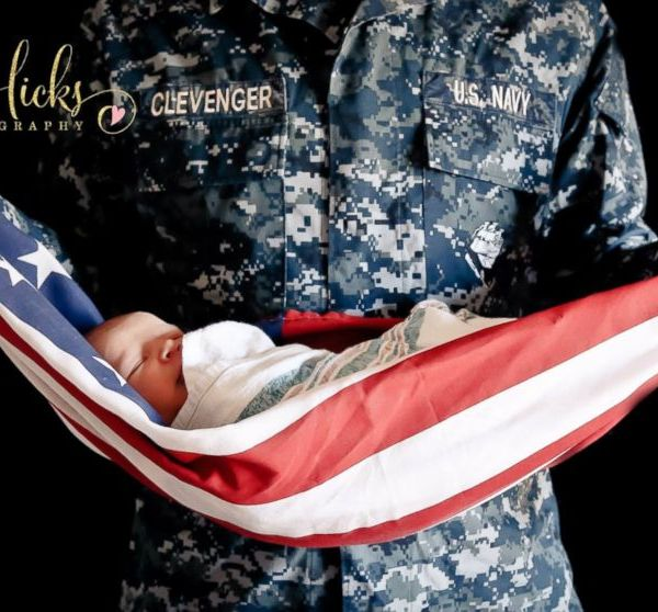 Veteran Wraps Baby In American Flag, Photo Sparks Controversy (Image 1)_26062
