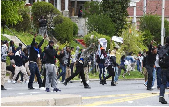 Riots In Baltimore Raise Questions About Police Response (Image 1)_27462