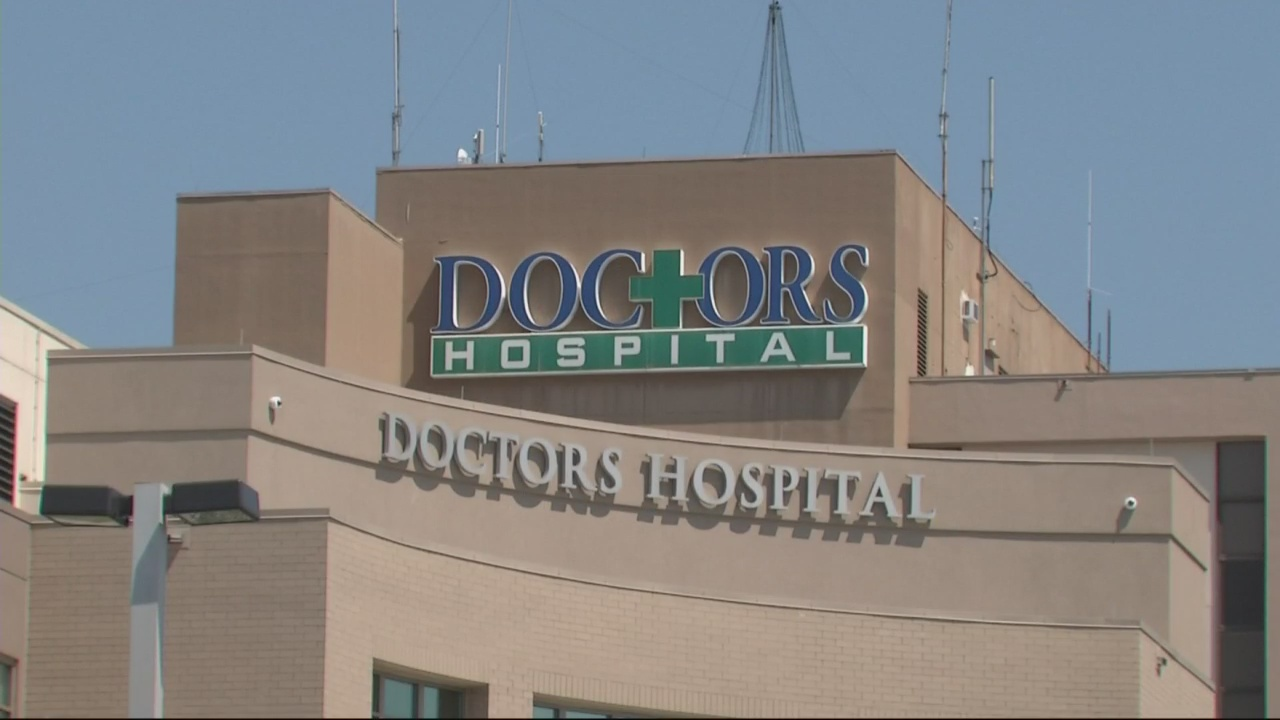 Doctor's Hospital_32823