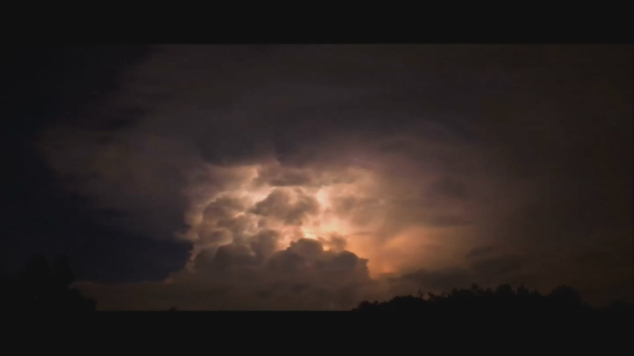 Severe-WX-Thunderstorm-Cloud-Lightning_116316