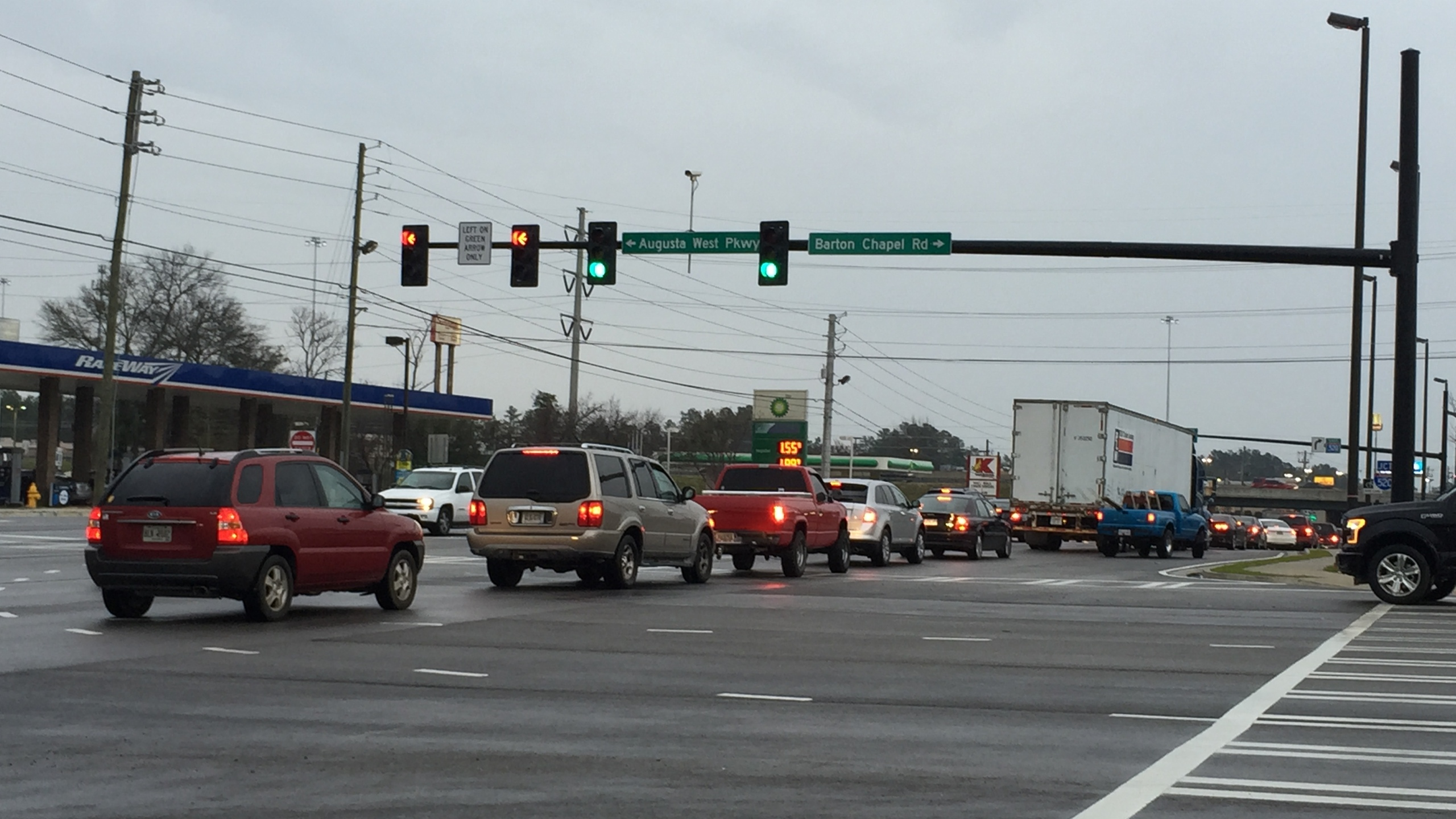 Traffic signals on Wrightsboro Rd. have not been synced since construction wrapped up._122077