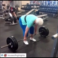Grandma-Deadlift-CNN-1_133210