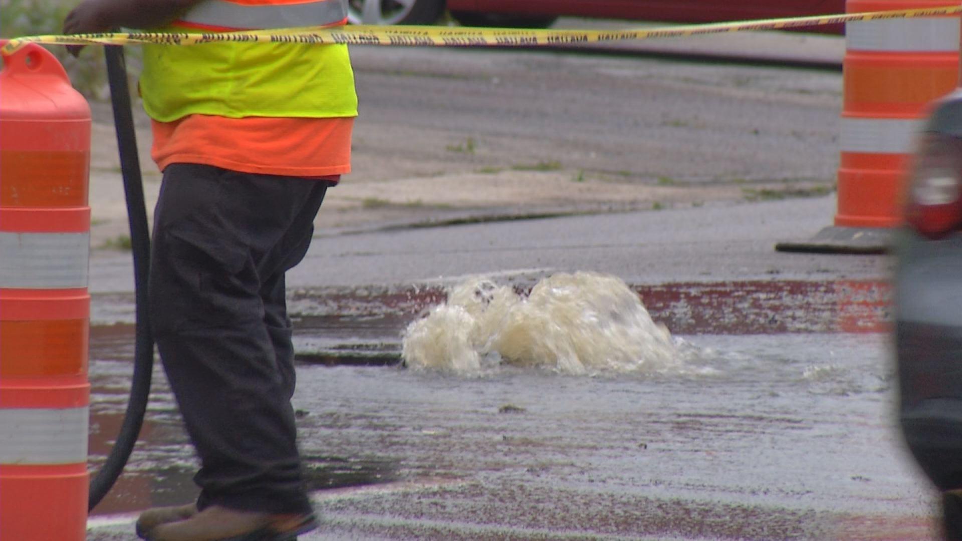 Sewer overflow on Reynolds Street._135708