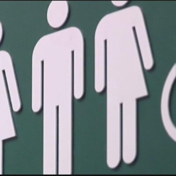 Transgender-Bathroom-Sign_136716