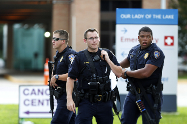 APTOPIX Police Shot Baton Rouge_163407