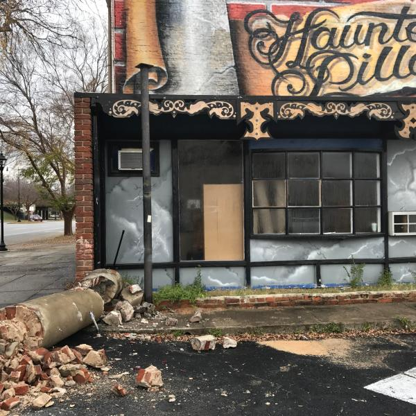 _Haunted Pillar_ of Augusta destroyed in car accident_204685