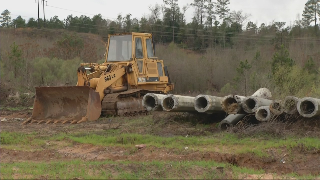 Commissioner voices support for new landfill
