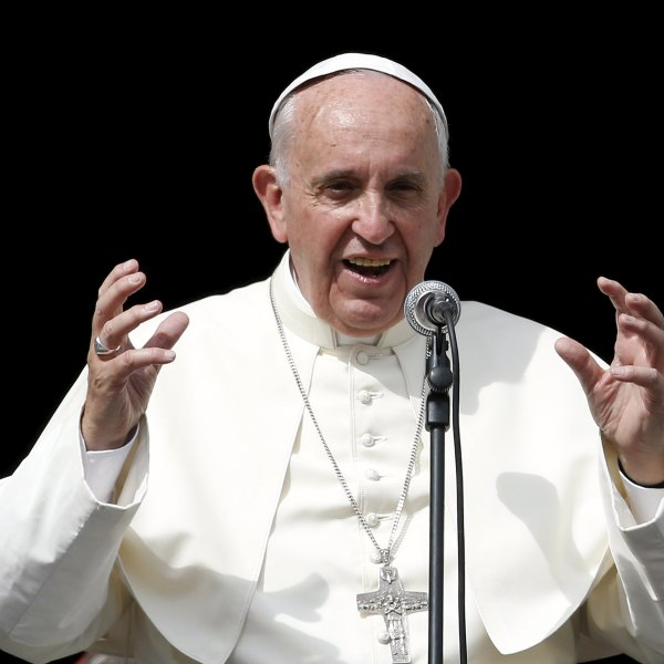 Pope Francis speaks in front the basilica of Saint Mary Ausiliatrice (Mary Help of Christians) during a two-day pastoral visit in Turin_234003