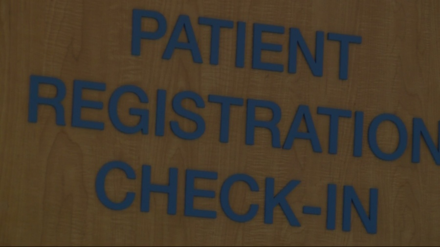 doctors hospital check in sign_247913