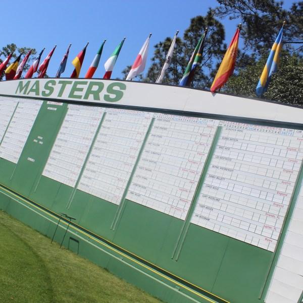 The scoreboard at No. 1._243718