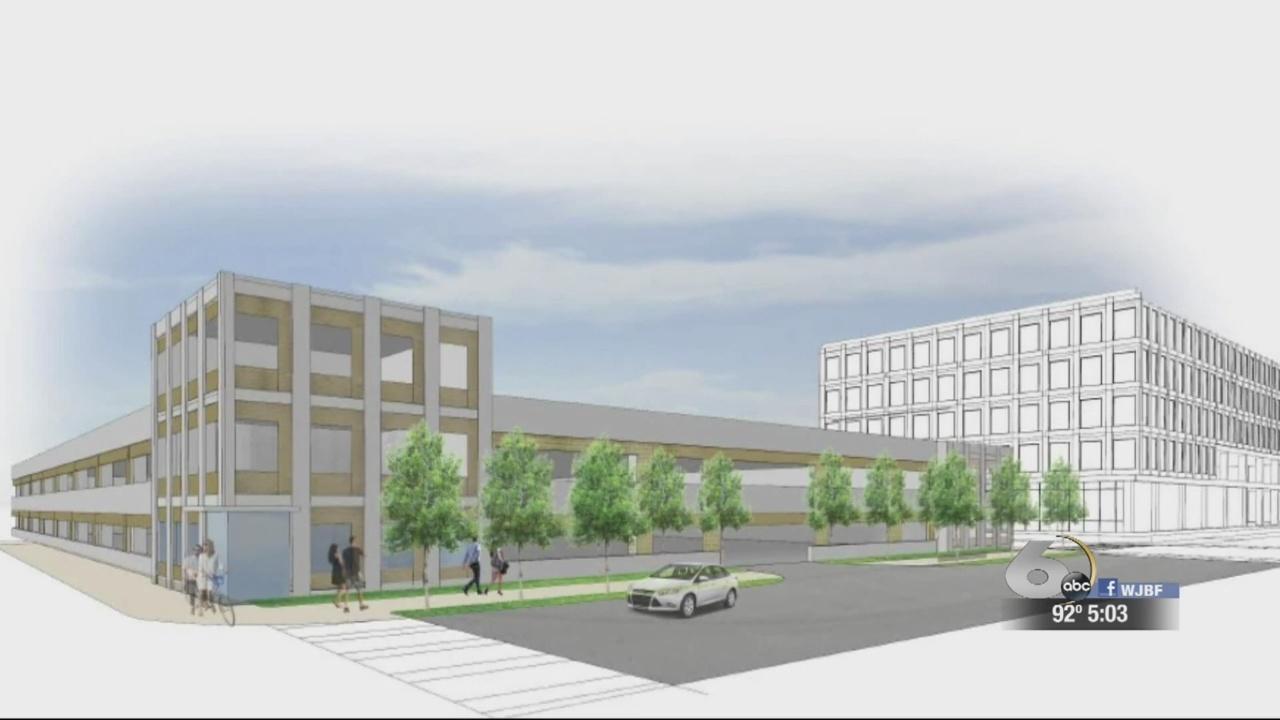 City leaders discuss bonds for Cyber parking deck