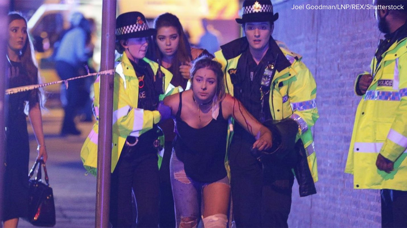 People evacuate after Ariana Grande concert in Manchester (ABC News) - My 22, 2017_265007