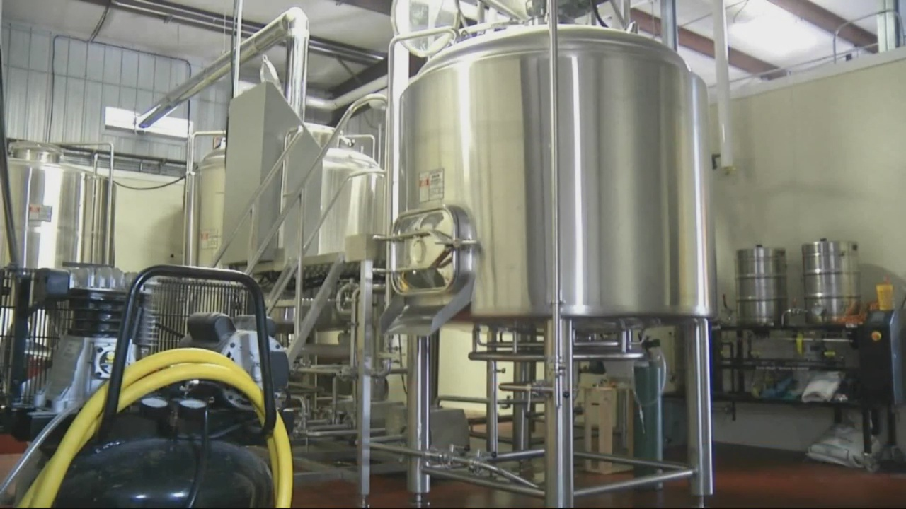 Commission to vote on allowing small breweries and distilleries downtown