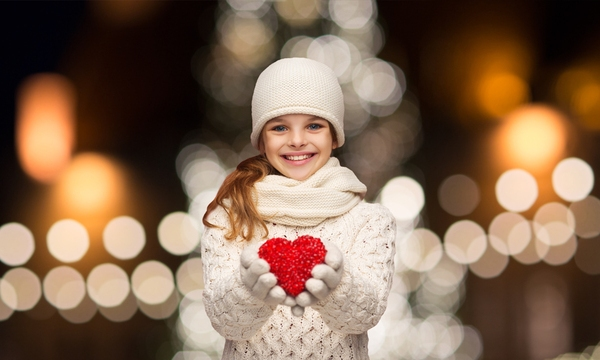 holiday-cheer-girl-christmas-love-charity-winter_1513286986909_323861_ver1-0_30234419_ver1-0_640_360_355503