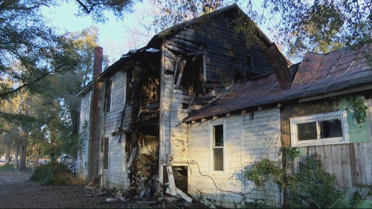 SORRELL FAMILY FIRE_361269