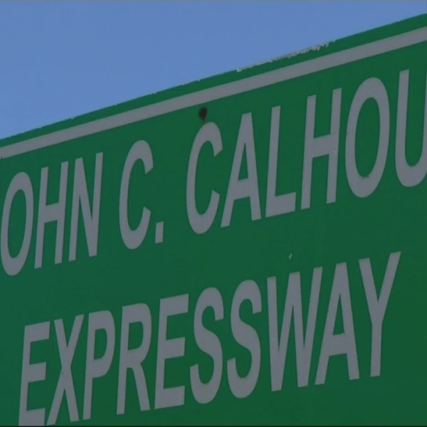 Commission to consider Calhoun to Veterans name