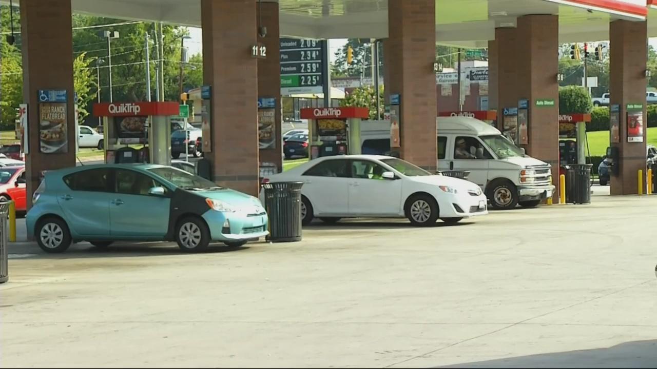 gas prices_1526993445122.jpg.jpg
