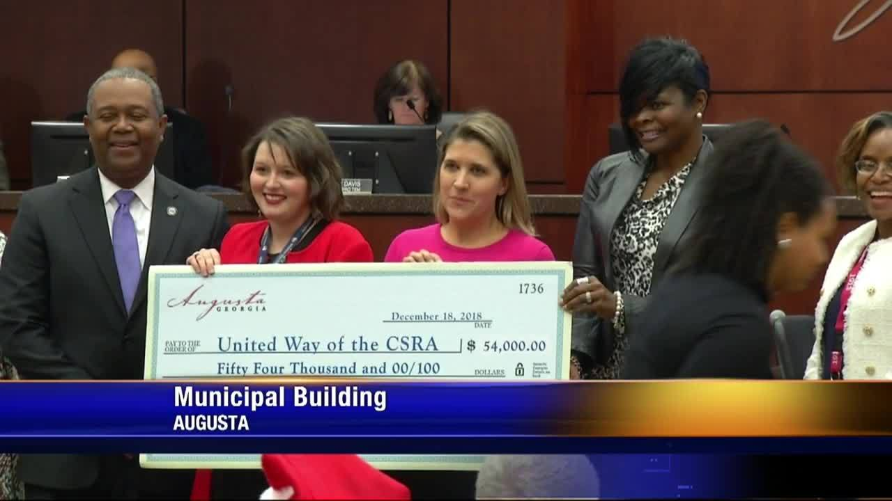 Augusta_workers_dig_deep_for_United_Way_6_20181219222432