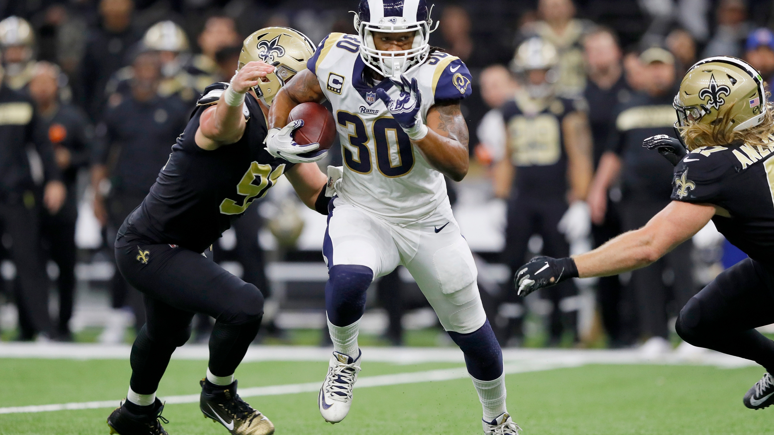 Todd Gurley 4-873704001-873704001