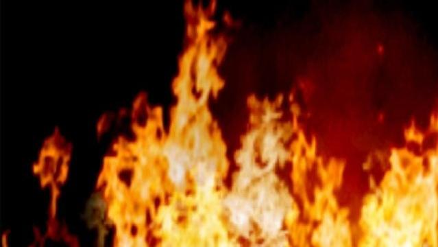 house-fire-generic_1520605901695_36489909_ver1.0_640_360_1545587444809.jpg
