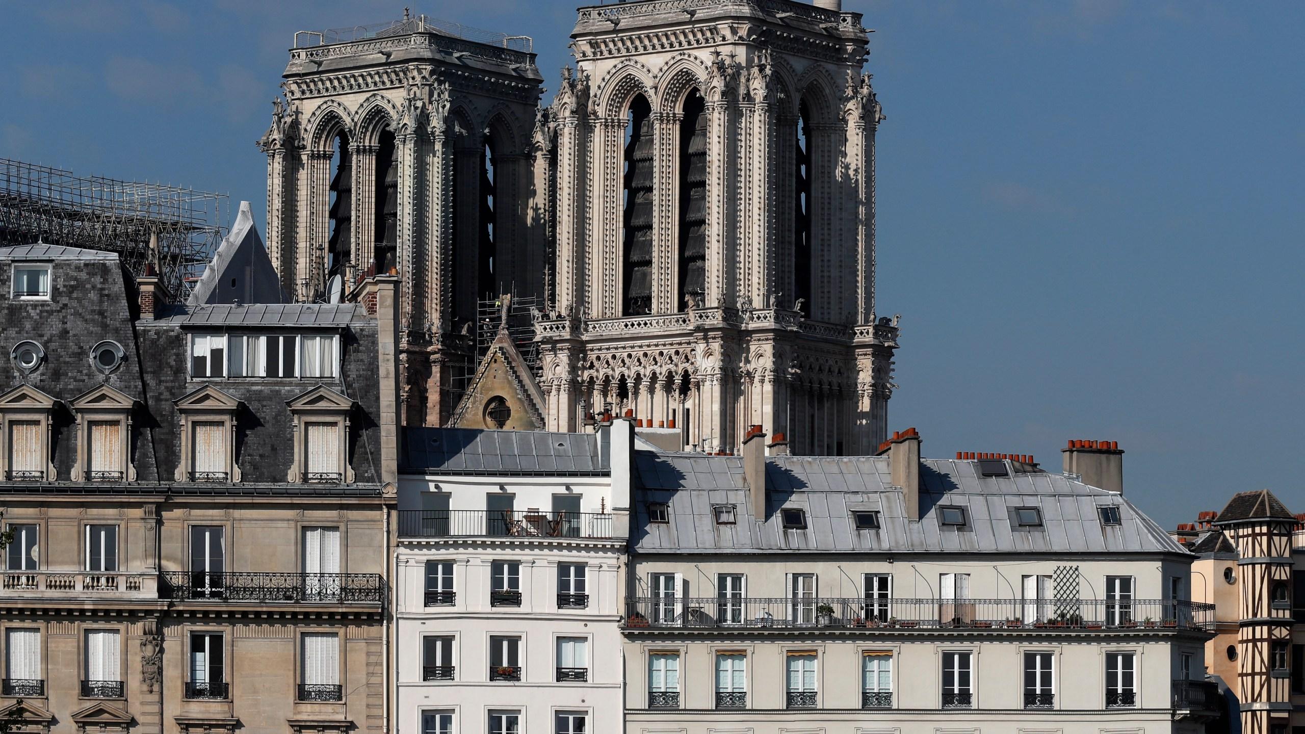 France_Notre_Dame_Fire_81831-159532.jpg14333497