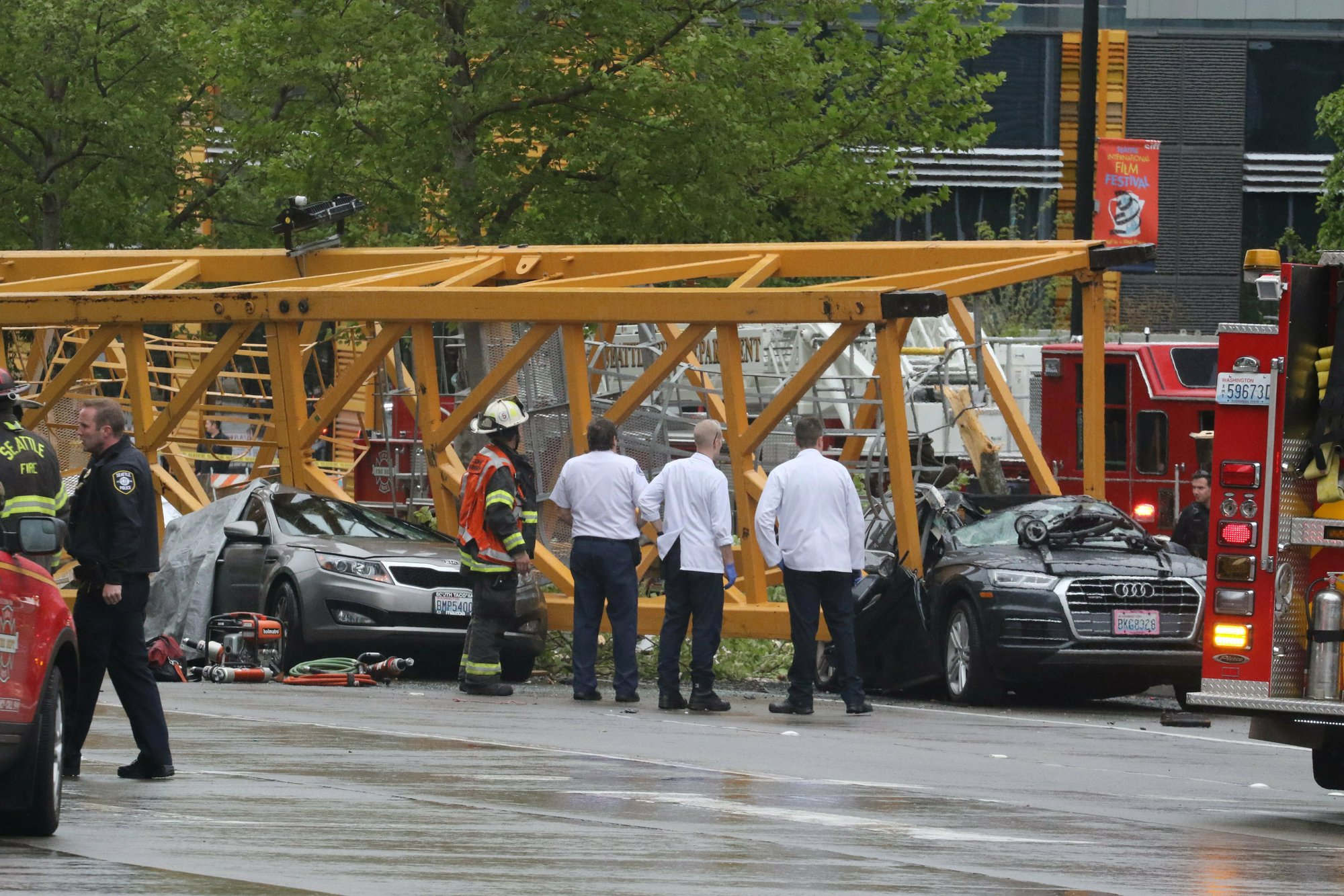 seattle crane crash_1556413305136.jpeg.jpg