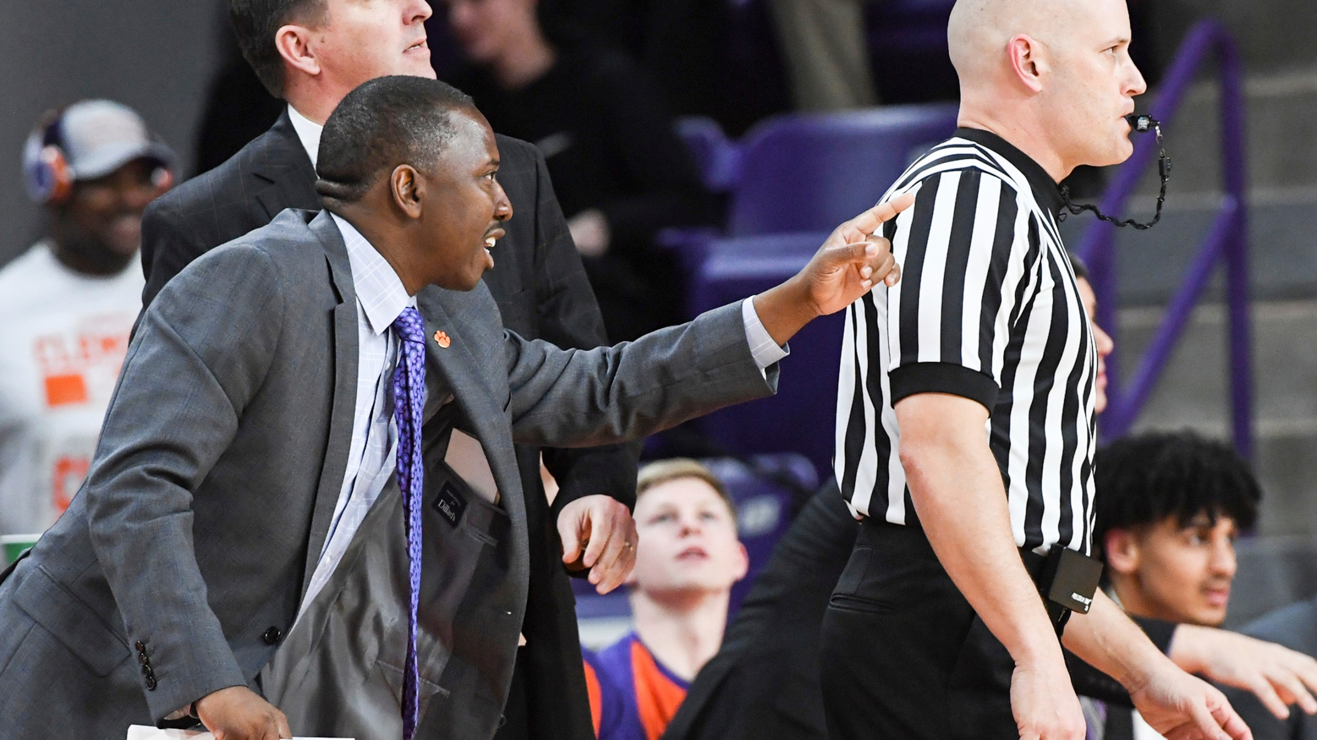 College_Corruption-Clemson_Basketball_47287-159532.jpg37087083