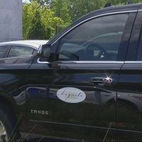 Decal_stays_on__mayor_s_SUV__unless_comm_0_20190501221606
