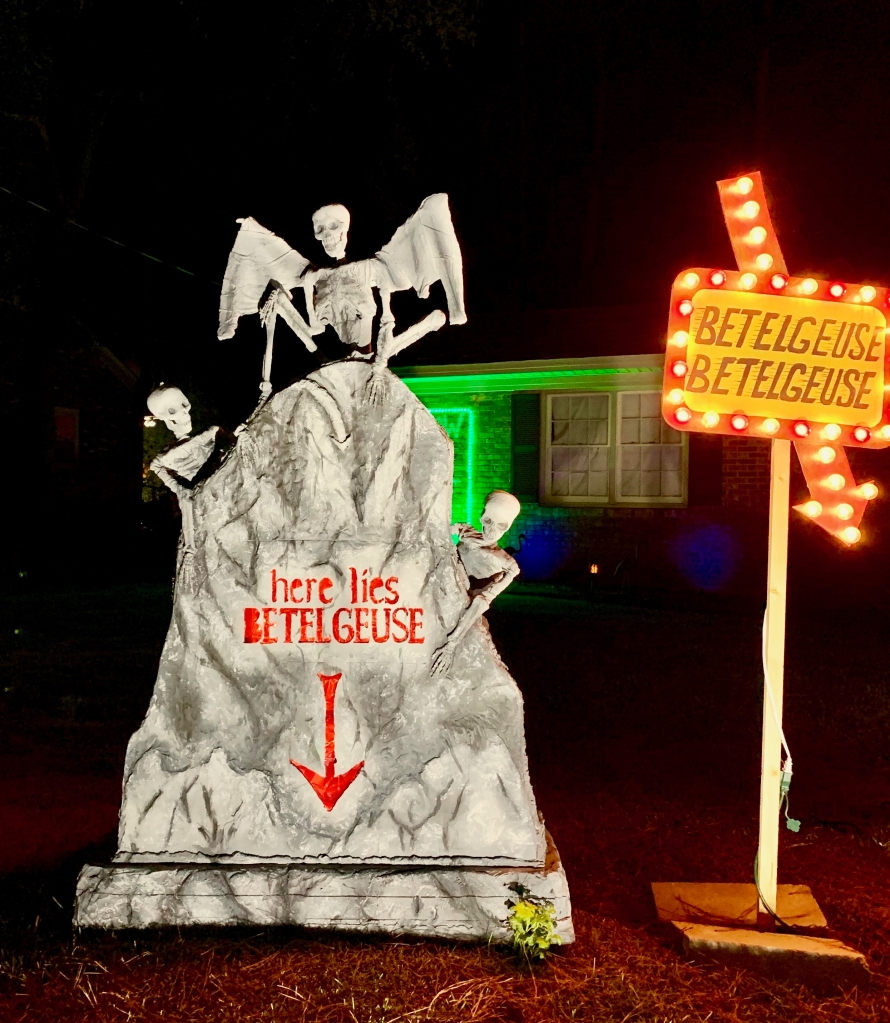 Augusta local gets into the spirit of Halloween with Beetlejuice themed display